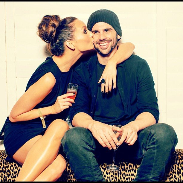 Ricki-Lee landed a smooch on her boyfriend Richard. Cute couple, no? Source: Instagram user therickilee