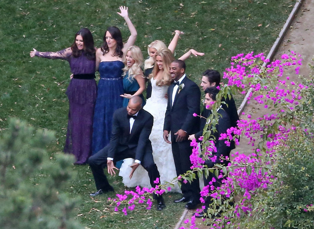 Jessica Simpson, Zach Braff, and other friends posed for a group picture.