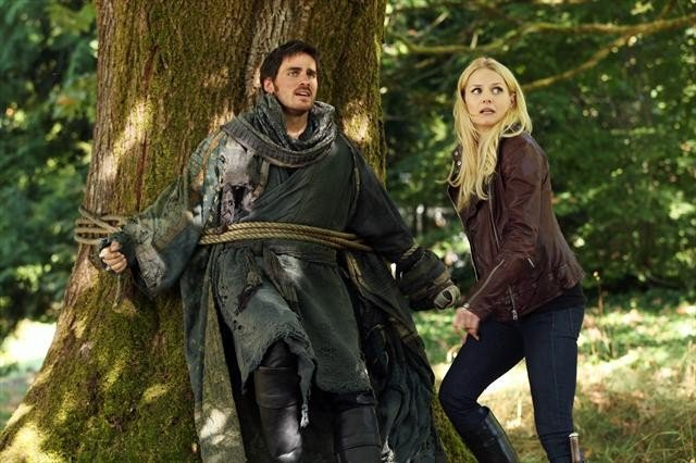 "Is Colin O'Donoghue ""shipping"" Emma and Captain Hook?"