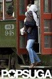 Jennifer Garner got off of a trolley with Samuel Affleck.