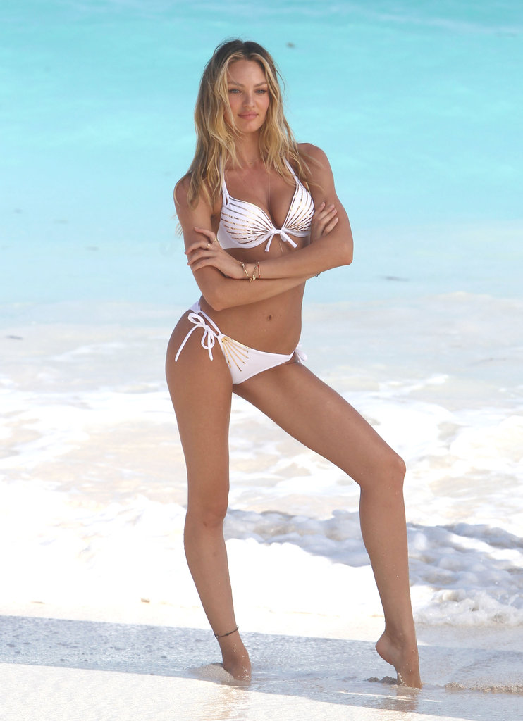 Victoria's Secret Angel Candice Swanepoel Gets Sexy in a Bikini