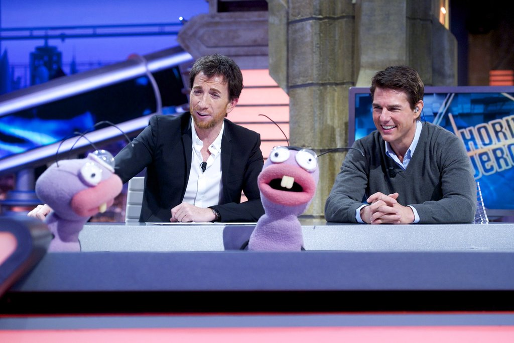 Tom Cruise spoke to puppets on El Hormiguero.