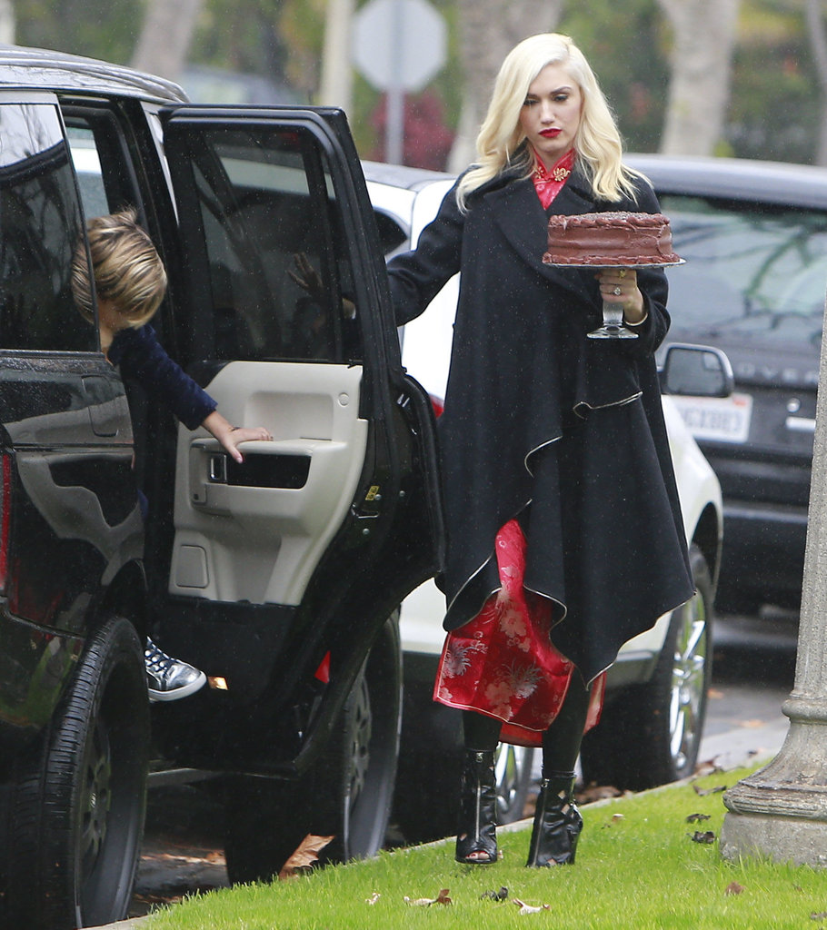 Gwen Stefani opened the door for her oldest son, Kingston.