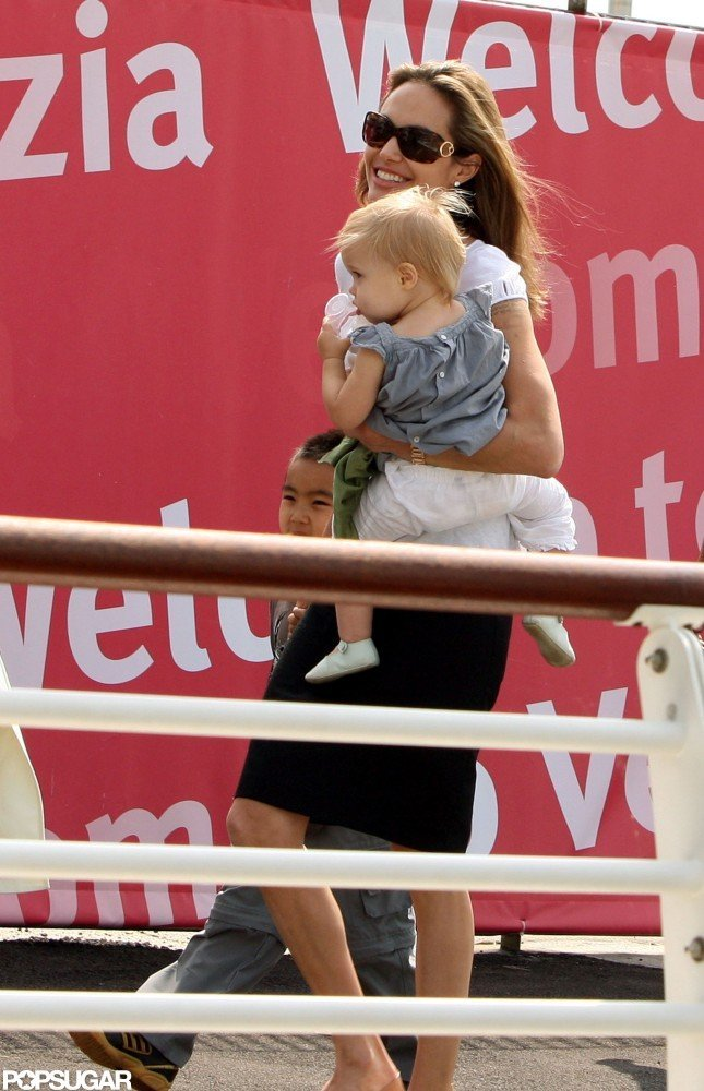 Angelina Jolie carried baby Vivienne in Venice in September 2007.