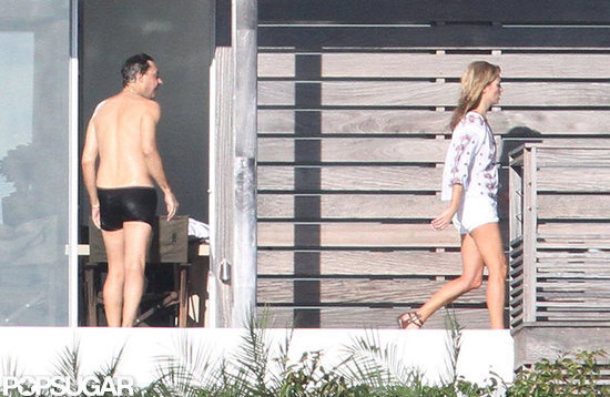 Jamie Hince took a dip in the pool.
