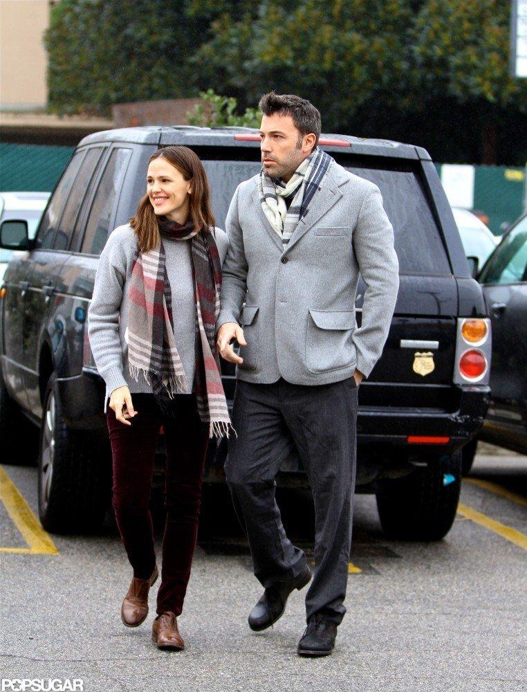 Jennifer Garner walked with Ben Affleck back to the car.