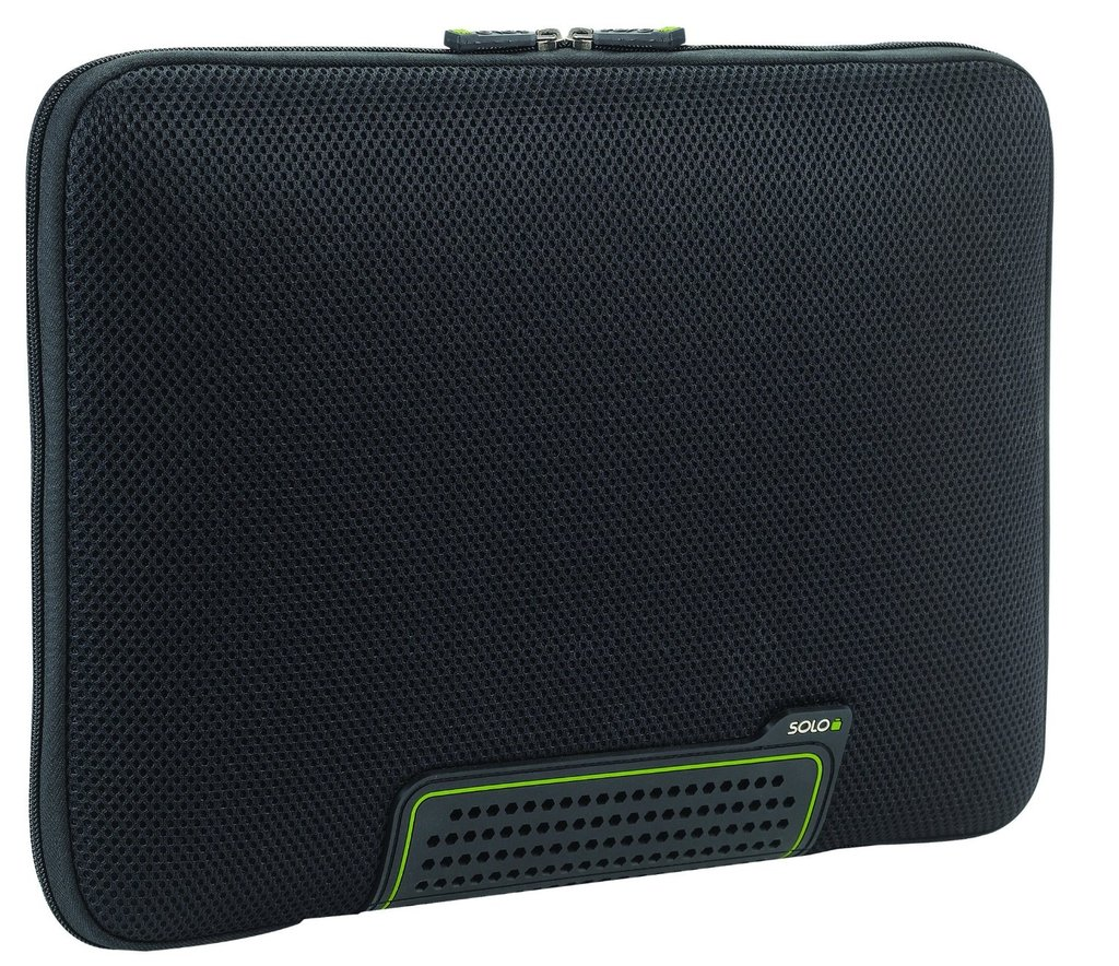 Solo Tech AlwaysOn 17-inch Sleeve