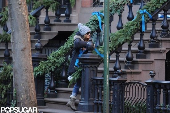Sarah Jessica Parker decorated her NYC home for the holidays.