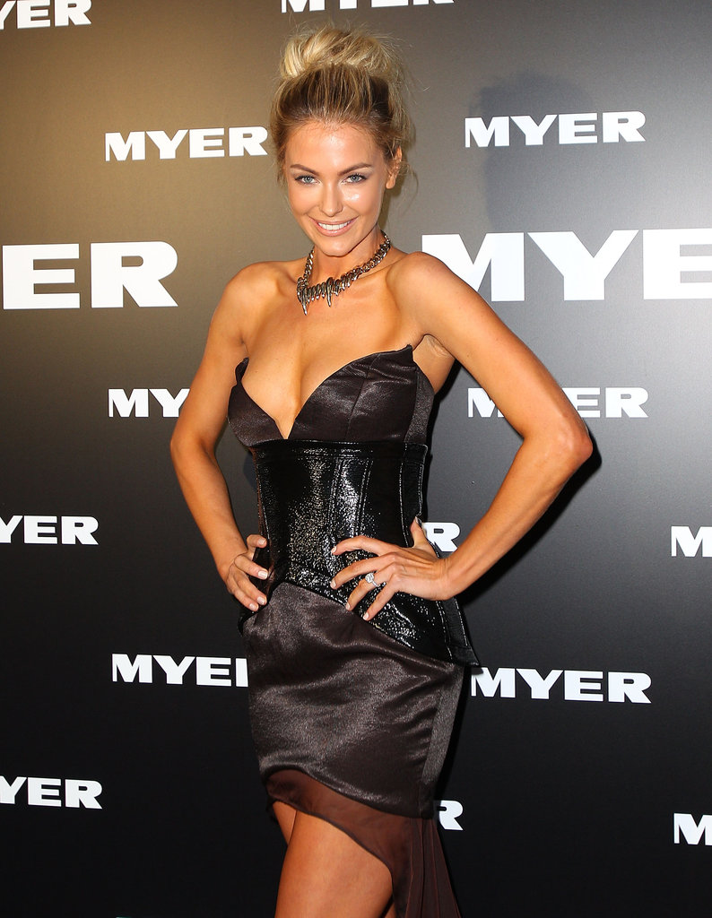 Jen made a show-stopping arrival to Myer's A/W 2012 collection launch in Mar. 2012 in Melbourne.