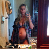 Jessica Simpson showed off her second baby belly with a selfie portrait while vacationing in Hawaii over Christmas. Source: Twitter user JessicaSimpson