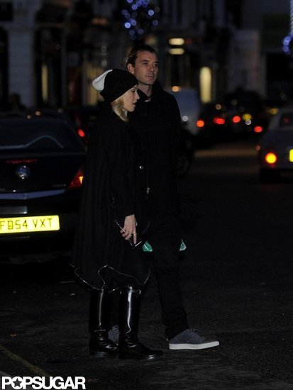 Gwen Stefani and Gavin Rossdale held hands for a stroll.