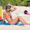 Olivia Palermo&#039;s Bikini Style (Video)