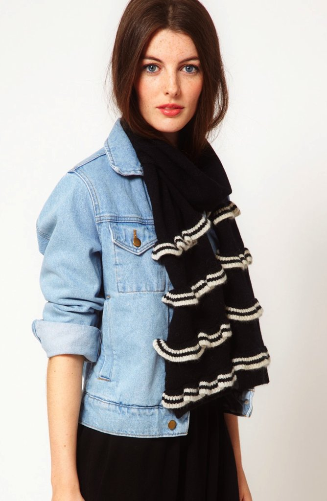 Ruffle scarves can be questionable, but this Alice Hannah stripe ruffle scarf ($45, originally $71) is undeniably cool. We love the contrast between the black and white colors.