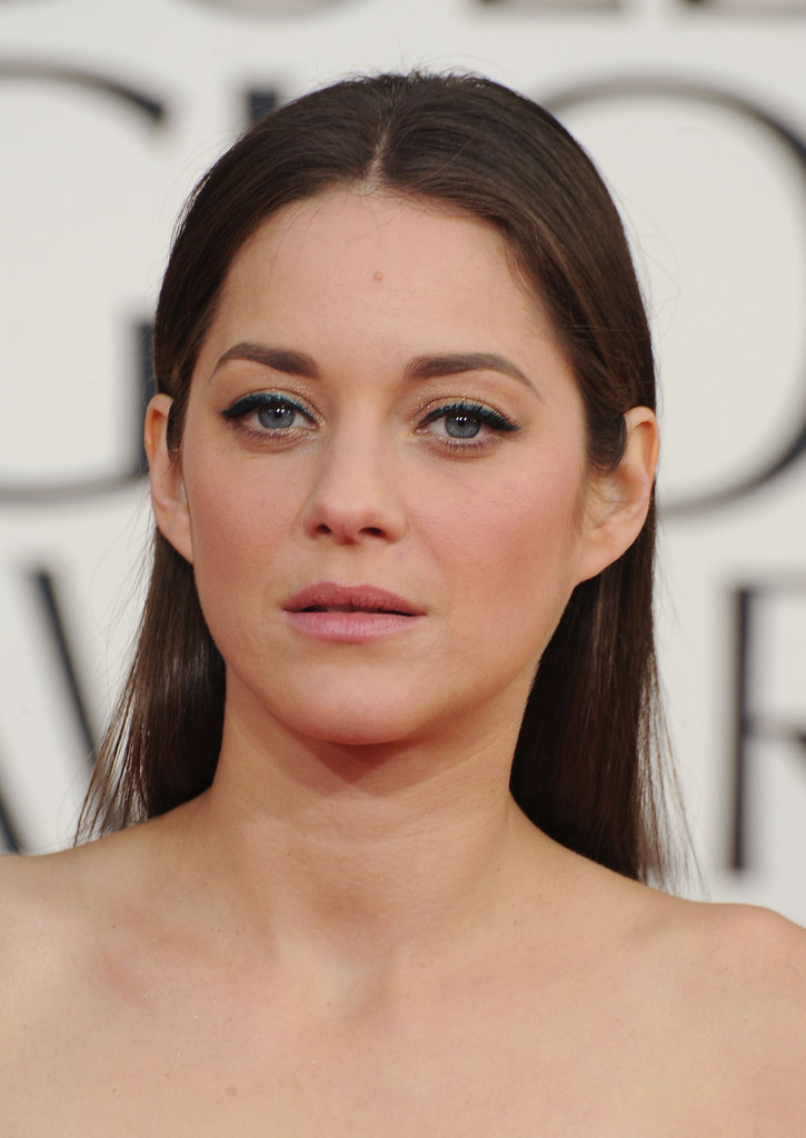 Marion Cotillard Goes Simple at the 201