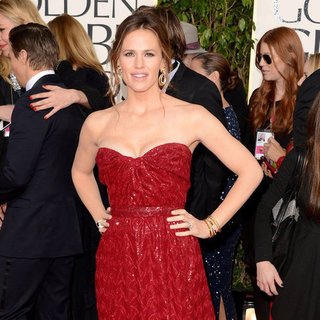 Red Carpet Dress Pictures at 2013 Golden Globes