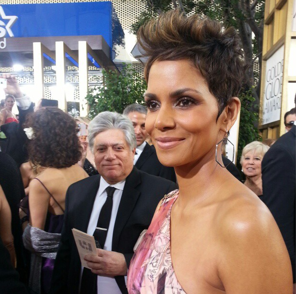 Halle Berry hit the red carpet.  Source: Instagram user goldenglobes