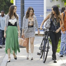 Pretty Little Liars Season 3 Premiere: 5 Things You Need to Know