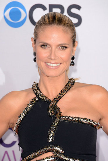 Heidi Klum Wears a Dramatic Dress at the 2013 PCAs
