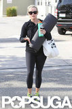 Reese Witherspoon carried a yoga mat.