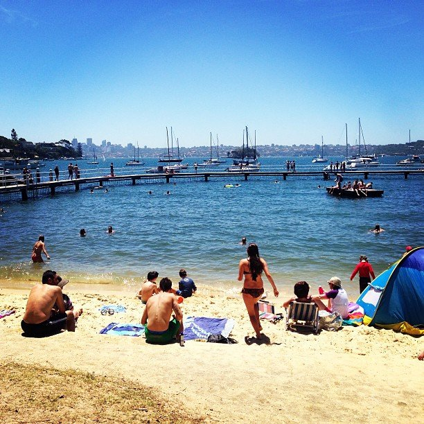Damn, Sydney knows how to put on a good show! When the sun is shining, you can find FabSugar editor Ali at Redleaf in Double Bay.