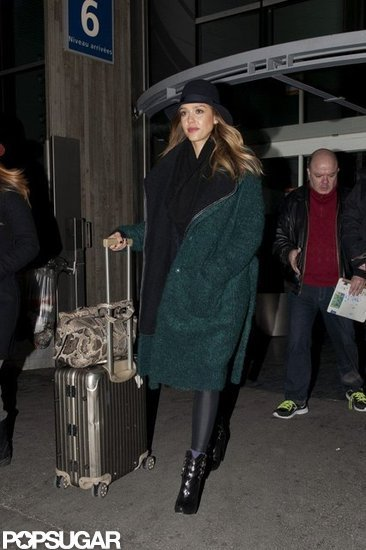 Jessica Alba arrived at the airport in Paris.