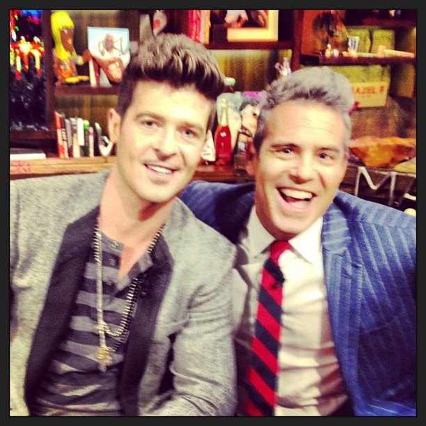 Robin Thicke posed with Andy Cohen on the set of Watch What Happens Live. Source: Twitter user BravoAndy