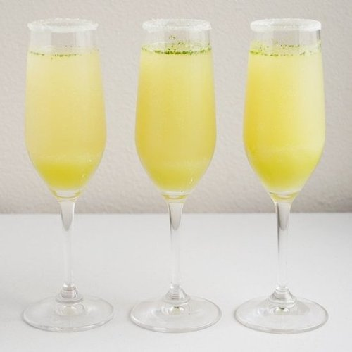 Limoncello Champagne Cocktail Recipe