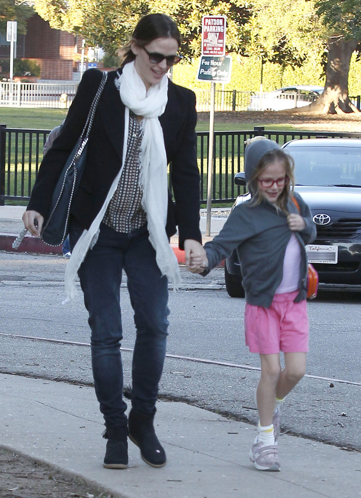 Jennifer Garner and Violet Affleck were all smiles on the way to an LA park.