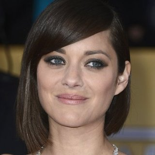 Marion Cotillard: SAG Awards Hair 2013