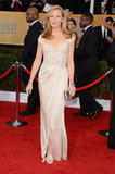 Jennifer Westfeldt posed for a solo shot on the red carpet at the SAG Awards.