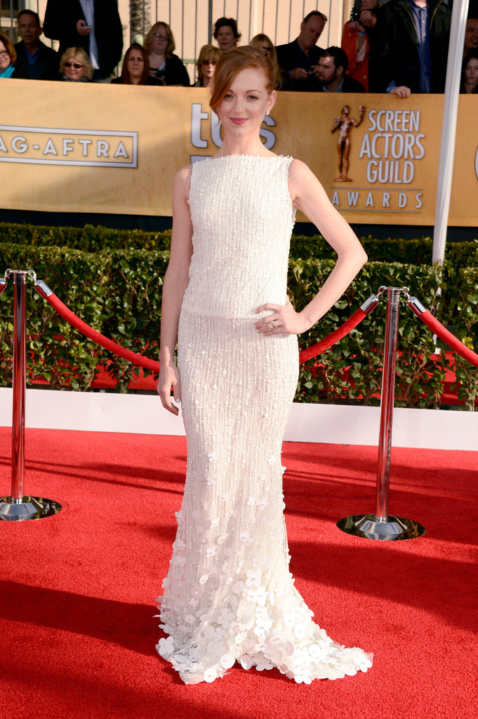 Jayma Mays had an angelic moment in a 3D floral embellished Georges Hobeika Atelier gown, Jimmy Choo pumps, a Judith Leiber clutch, and sparkling Neil Lane jewelry.