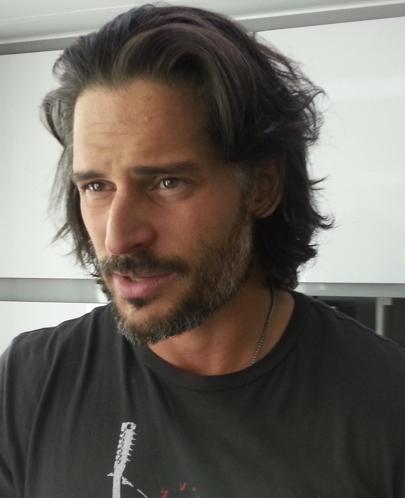 "Joe Manganiello posted a ""before"" picture of his hair. Source: Twitter user joemanganiello"