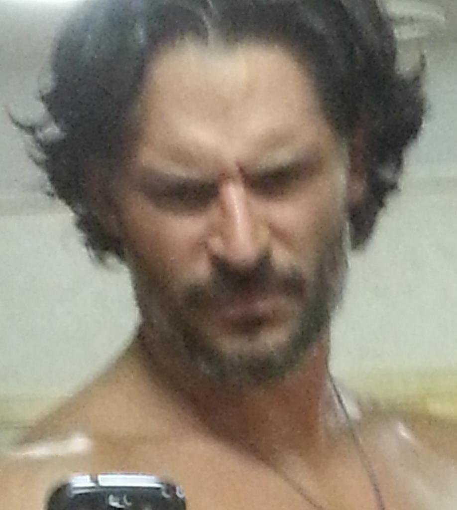 """And an """"after"""" picture. Source: Twitter user joemanganiello"""