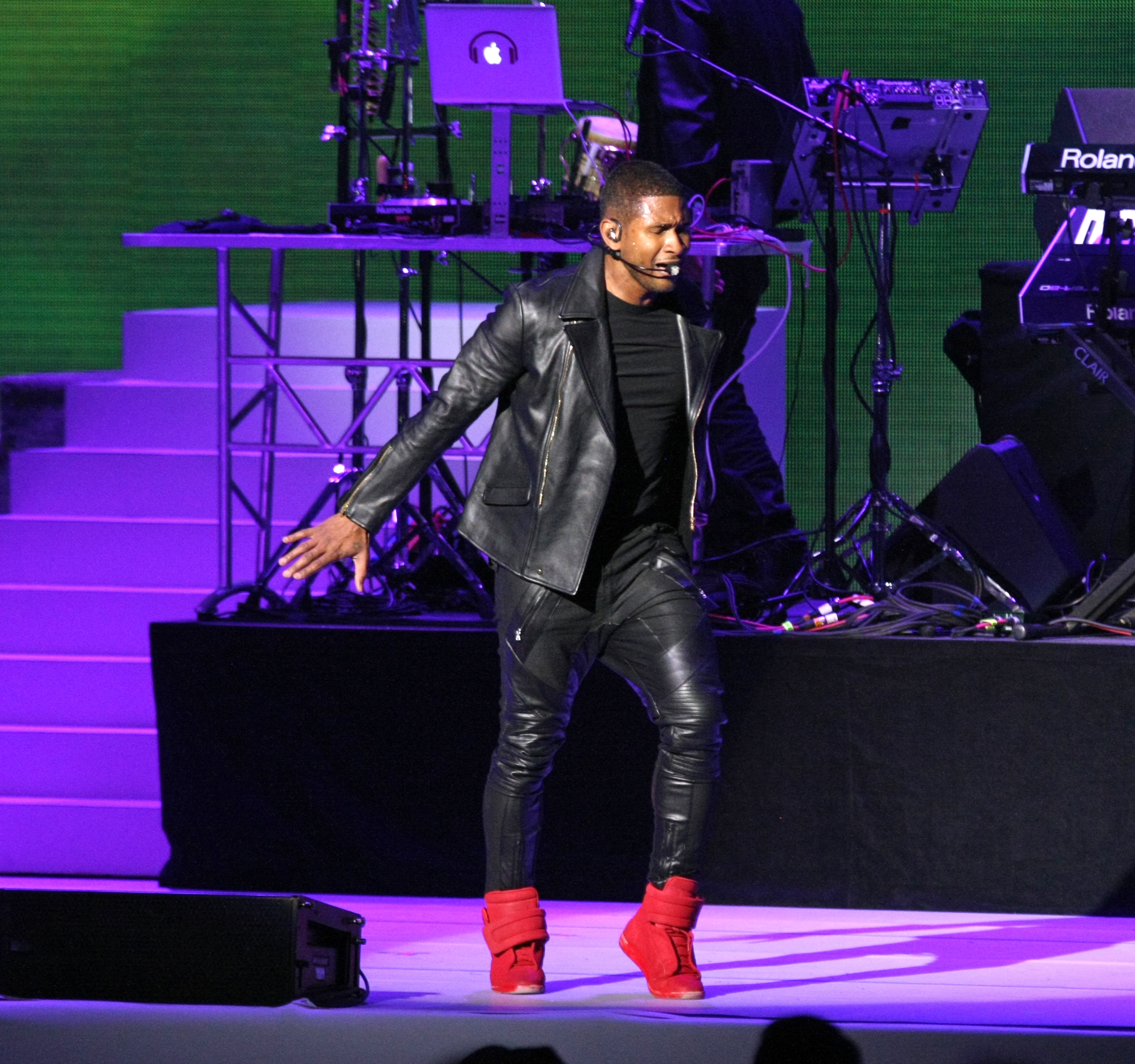 Usher performed at the Kids' Inaugural event Saturday.