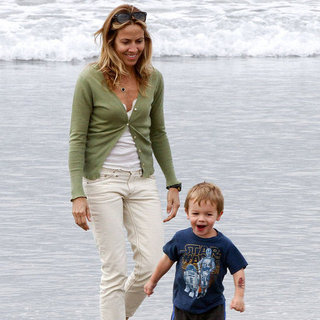 Sheryl Crow on the Beach With Her Kids | Pictures