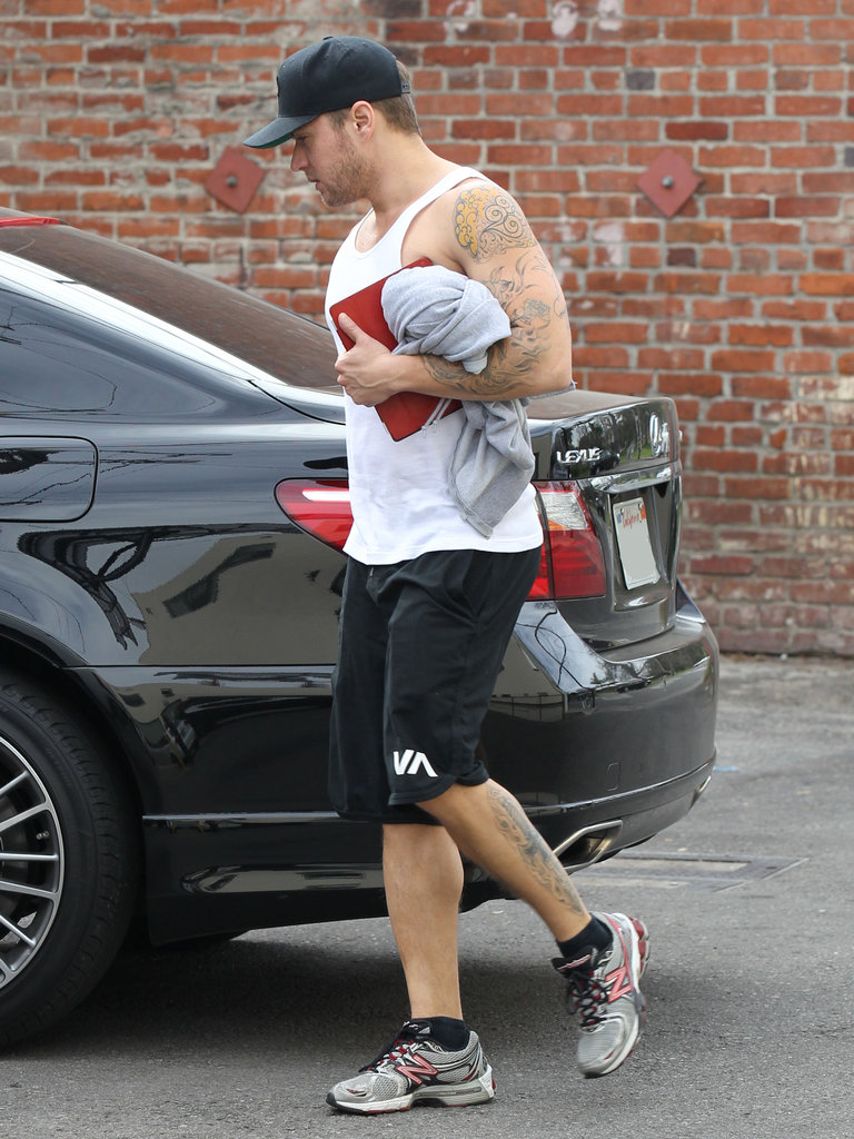 Ryan Phillippe headed to his car after a workout in LA.
