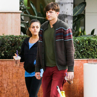 Mila Kunis and Ashton Kutcher Get Coffee in LA | Pictures