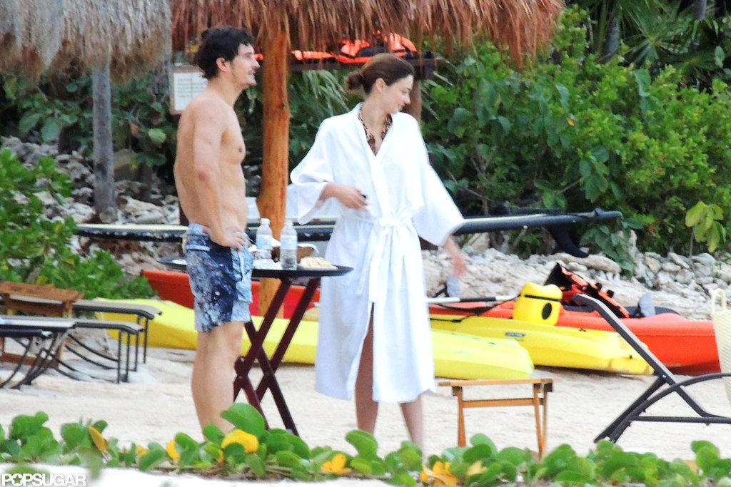 Cute couple Orlando Bloom and Miranda Kerr went on vacation in Mexico.