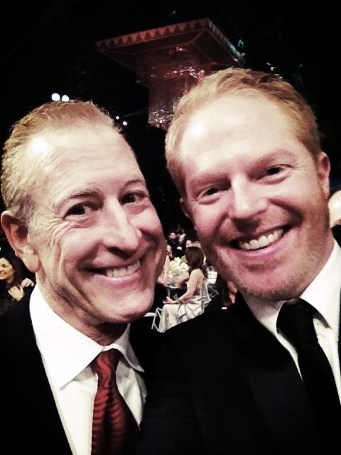 Jesse Tyler Ferguson found Modern Family's casting director, Jeff Greenberg. Source: Twitter user jessetyler