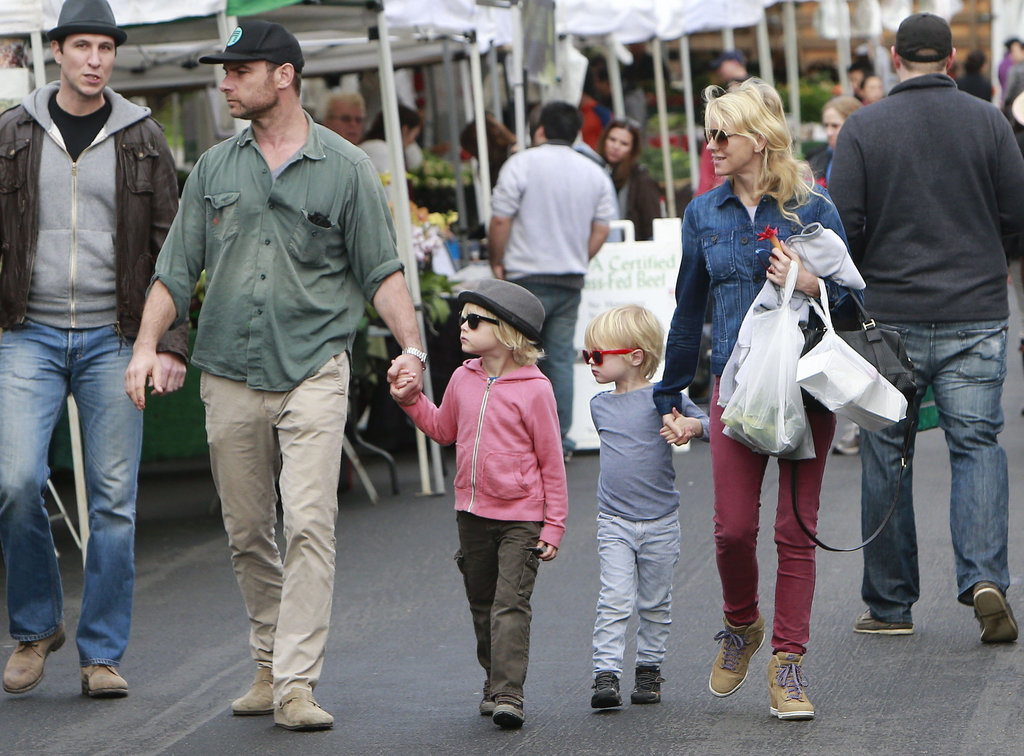 Naomi Watts and Liev Schreiber took their sons, Sasha Schreiber and Kai Schreiber, to an LA farmers market Sunday.