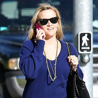 Reese Witherspoon in a Blue Sweater (Pictures)