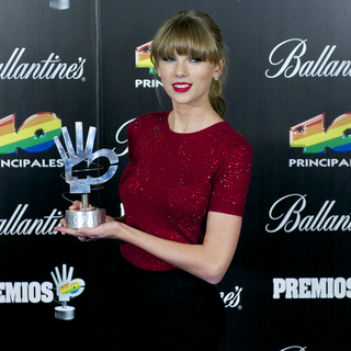 Taylor Swift's Diet Coke Endorsement (Video)