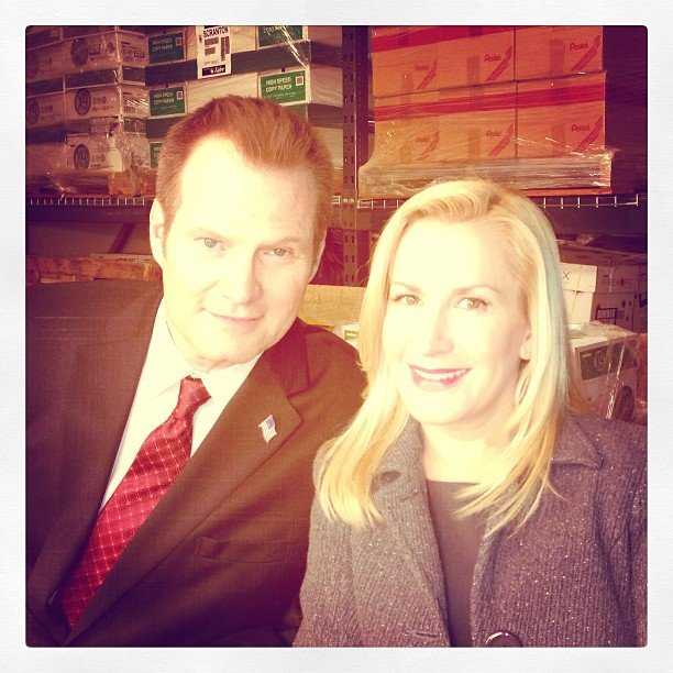 Angela Kinsey showed off a returning guest star to The Office. Source: Instagram user angelakinsey