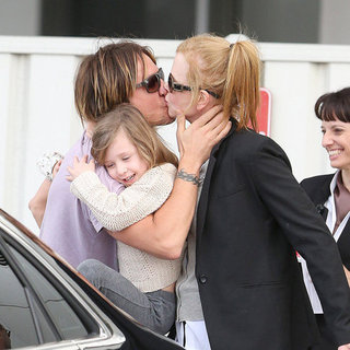 Nicole Kidman Hops on a Flight to Sydney With Daughters