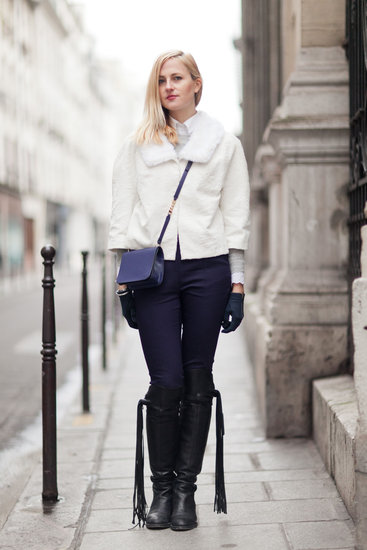 Winter white felt even more dramatic against this deep blue palette. Source: Adam Katz Sinding