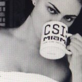 Phoebe Tonkin may be the only person in the world who makes a CSI mug look sexy. Source: Instagram user phoebejtonkin