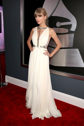 Taylor Swift wore a white J. Mendel gown to the Grammys.