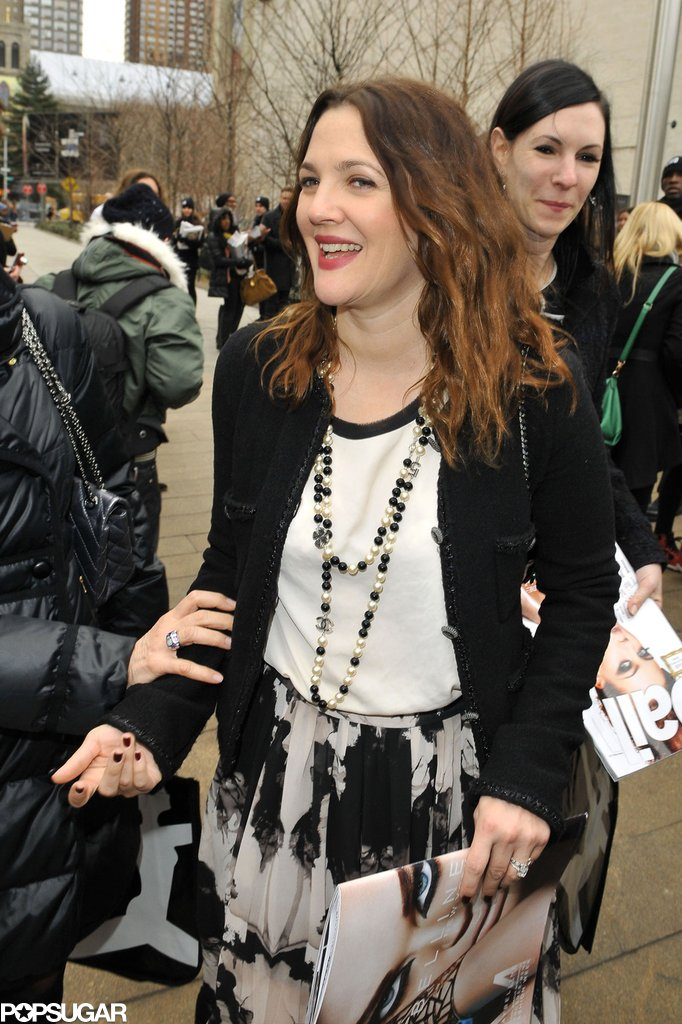 Drew Barrymore left the show with a group of friends.