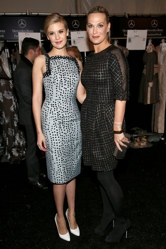 Maggie Grace and Molly Sims checked out the Carolina Herrera collection in February at New York Fashion Week.