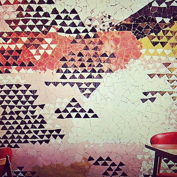 We are obsessed with this tiled wallpaper.